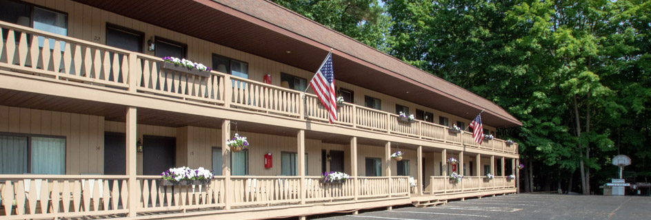 Room and Rates for the Tall Pines Motel in Lake George, NY